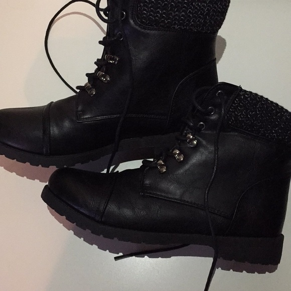 Combat Style Boots Womens 8 9